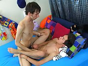Alex Todd leads the conversation here and finally convinces Jason Alcok to give him a shot german gay twinks